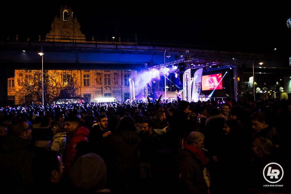 LA festa al Porto Antico di Genova durante il Capodanno 2016/2017