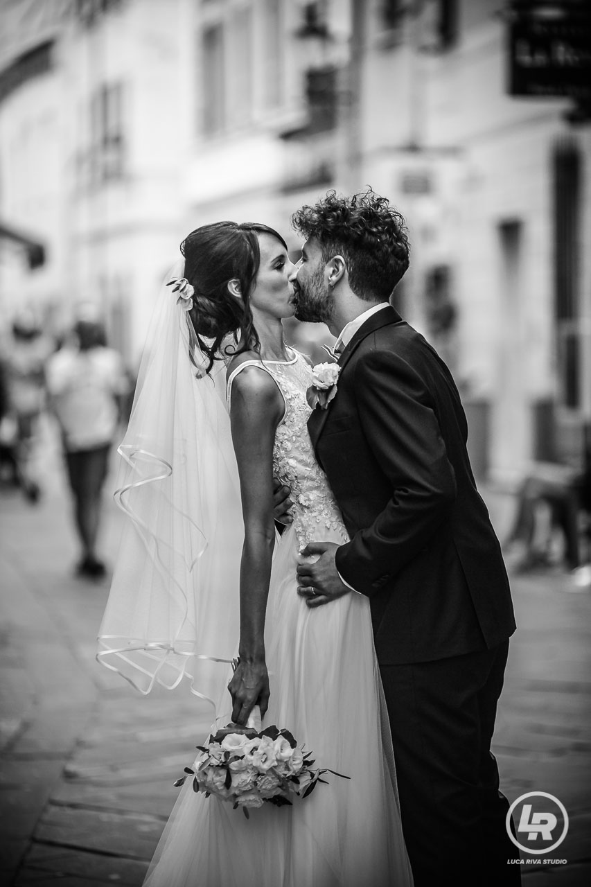 bacio sposi a loano